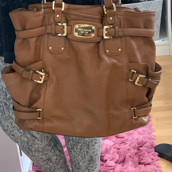 Michael Kors Handbags - Michael Kors Gansevoort Bag